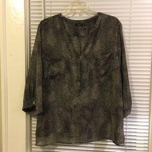 Plus size blouse- great condition!